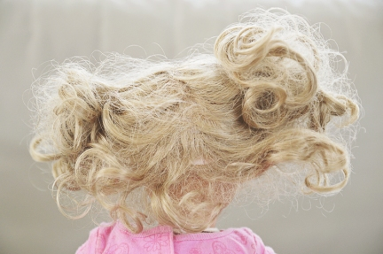 American-girl-doll-messy-hair-back